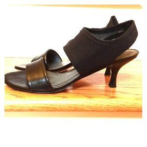 Stuart Weitzman Black Sandal size 9